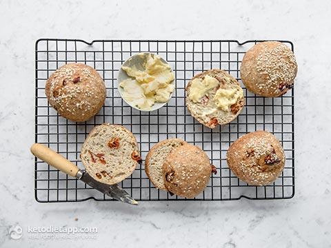 Parmesan & Tomato Keto Bread Buns