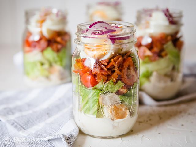 Low-Carb Cobb Salad in a Jar