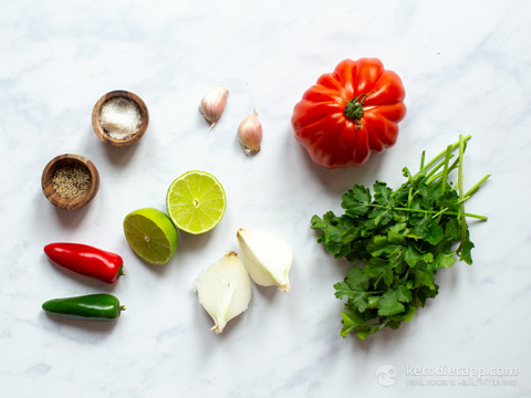 Simple Tomato Salsa (Pico De Gallo)