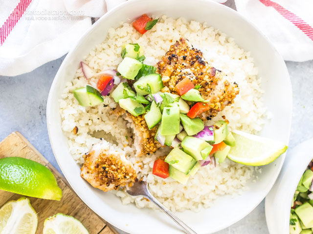 Low-Carb Macadamia Crusted Mahi Mahi Bowls
