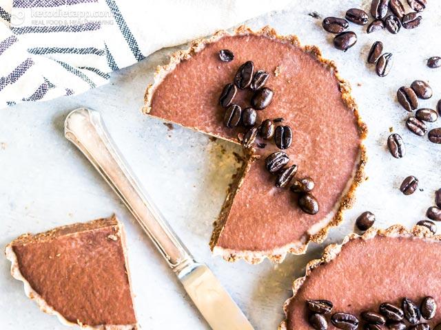 Keto No-Bake Chocolate Espresso Mini Tarts