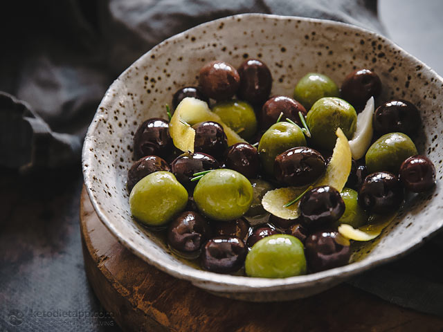 Easy Mediterranean Marinated Olives