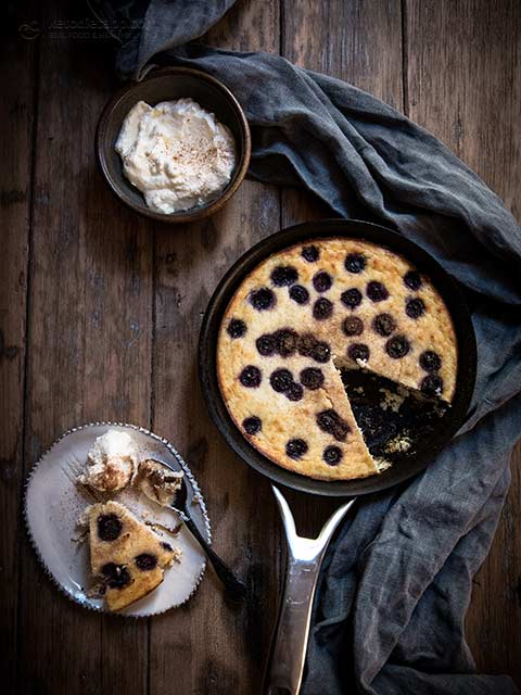 Low-Carb Apple & Blueberry Skillet Cake