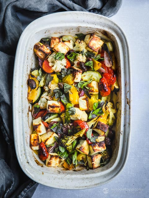 Low-Carb Roasted Vegetable & Halloumi Tray Bake