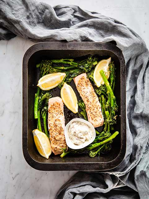 Easy Low-Carb Salmon Tray Bake