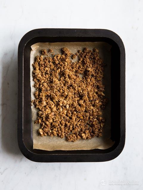 Keto Apple Streusel Cheesecake Jars
