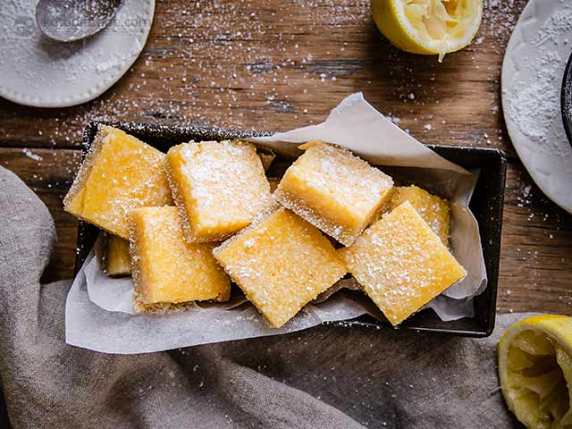 Low-Carb Lemon Bars
