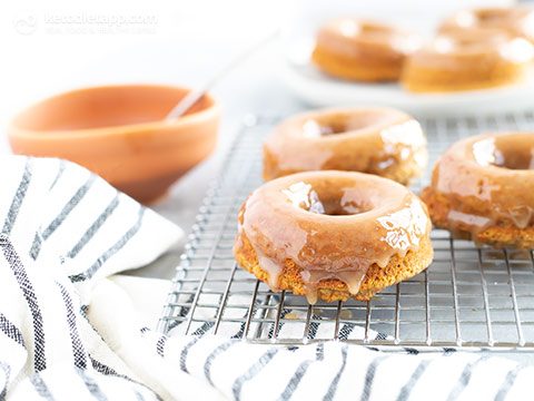Keto Maple Glazed Baked Donuts