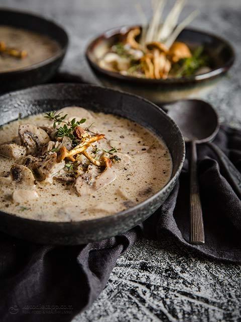 Easy Keto Chicken & Mushroom Soup