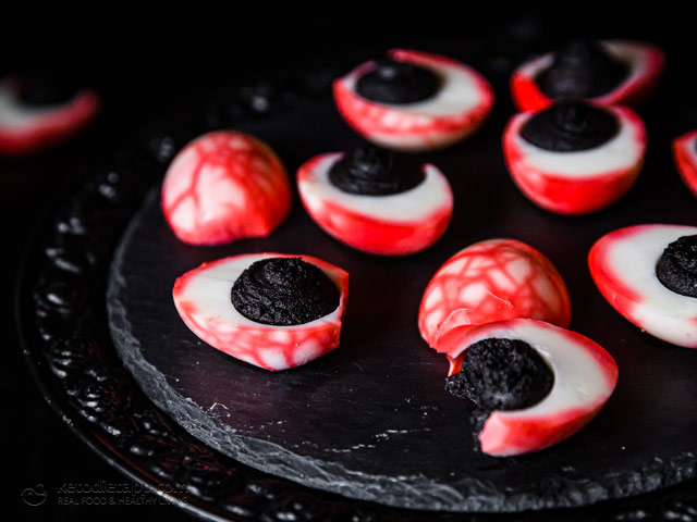 Halloween Eyeball Deviled Eggs