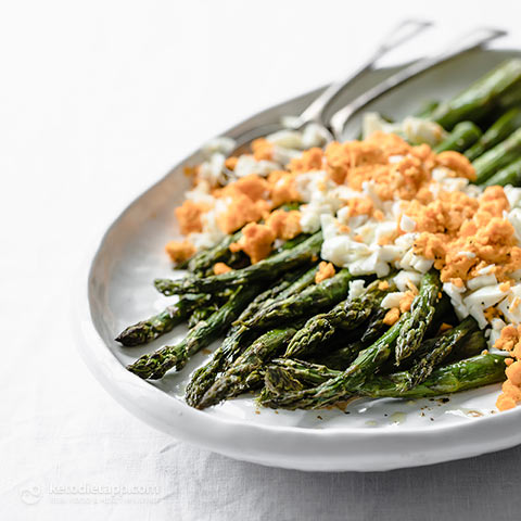 Low-Carb Asparagus Mimosa