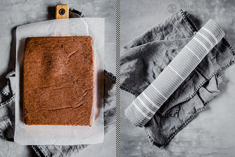 Keto Chocolate Swiss Roll