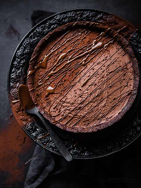 Rich Keto Chocolate Cheesecake