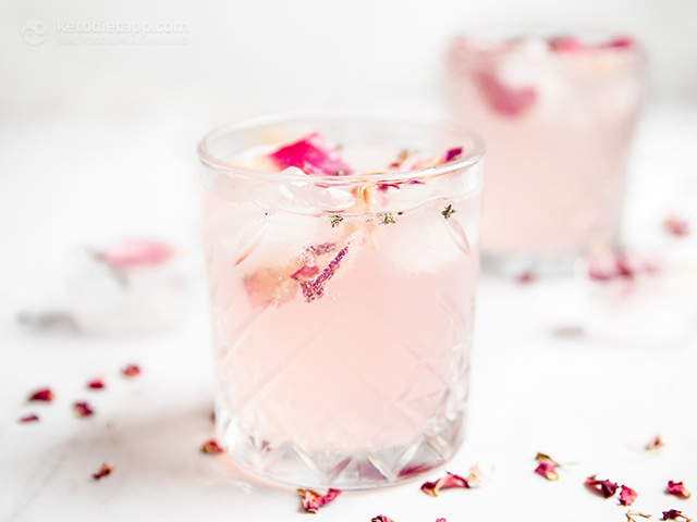 Low-Carb Pink Rose Cocktail