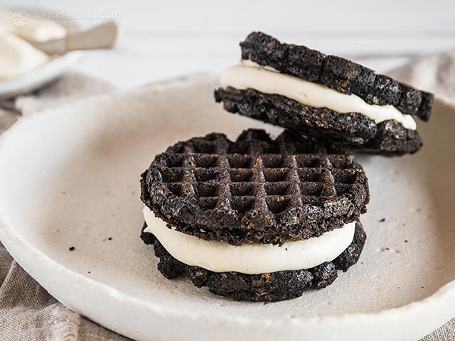 The Best Keto Oreo Chaffles
