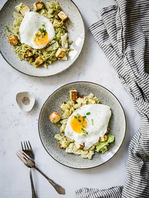 Cabbage, Halloumi & Pesto Breakfast Hash