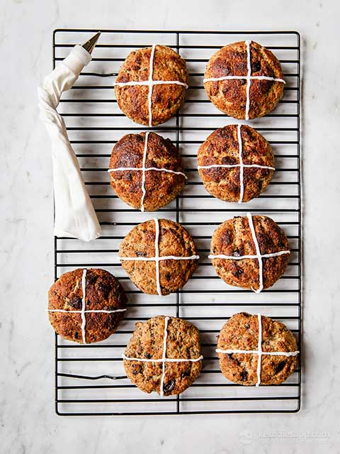 Low-Carb Yeast Hot Cross Buns