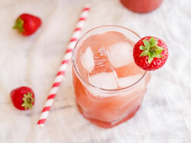 Homemade Sugar-Free Strawberry Syrup