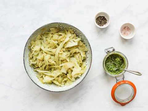 Low-Carb Fennel Pesto Noodles