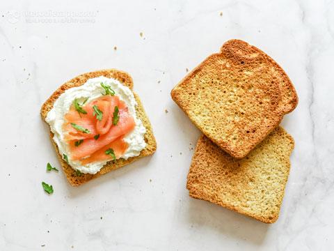 90 Second Keto Bread