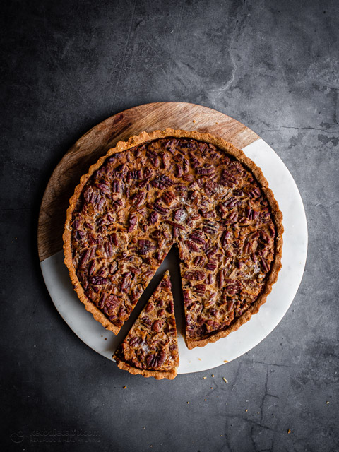 Low-Carb Rum Pecan Pie