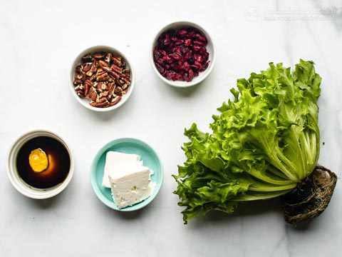 Low-Carb Winter Salad with Cranberries and Pumpkin