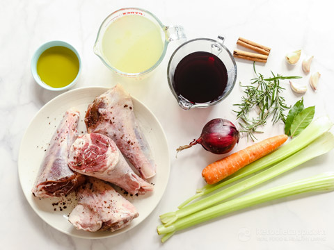 Low-Carb Braised Lamb Shanks