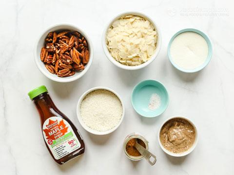 Chewy Keto Maple Pecan Granola Bars
