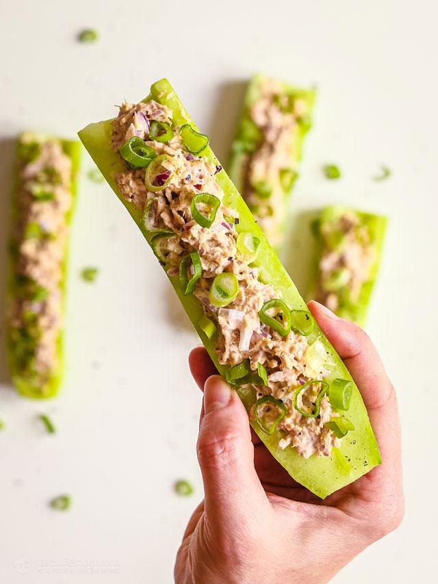Low-Carb Creamy Tuna Cucumber Boats