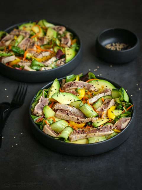 Low-Carb Seared Ahi Tuna Bowls