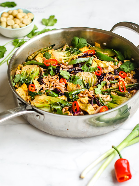 Keto Asian Vegetable & Noodle Stir-Fry