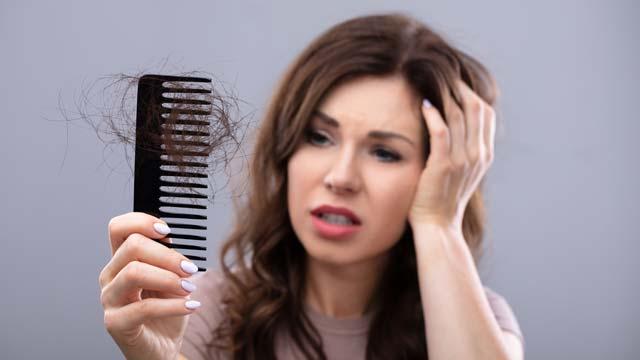 """Perché sto perdendo i capelli su una dieta Keto? """"Title ="""" Why Am I Perdere i capelli a una dieta Keto? """"/> </p>  <!-- Quick Adsense WordPress Plugin: http://quickadsense.com/ --> <div class="""
