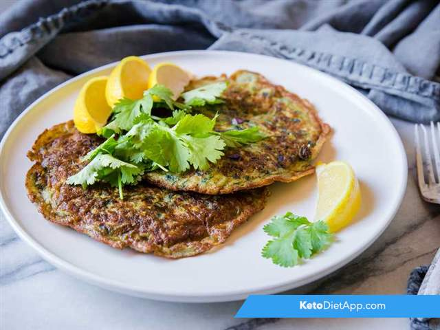 Red cabbage & zucchini pancakes