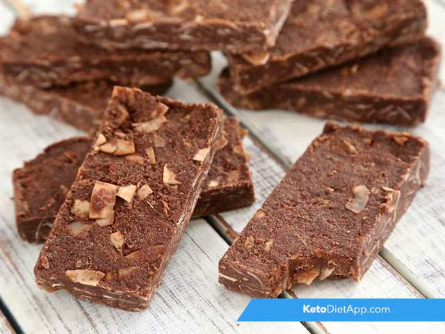 Chocolate & coconut protein bars
