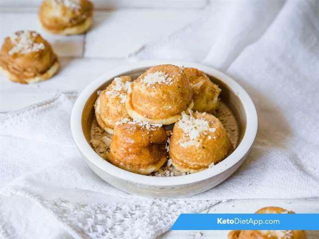 Parmesan mini cakes