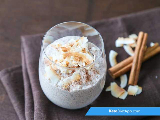 Cinnamon chia pudding