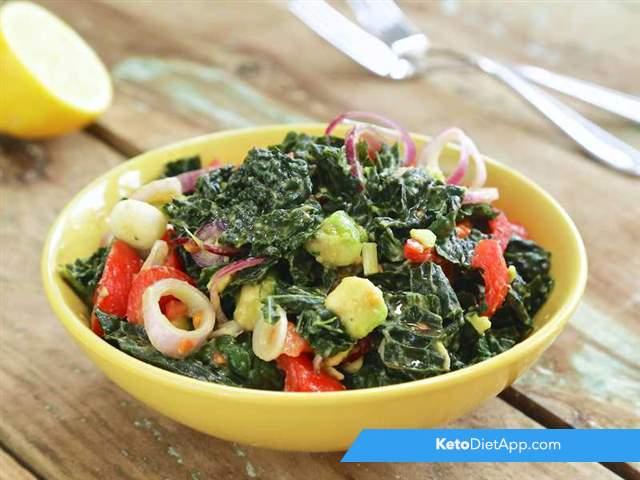 Avocado & kale salad