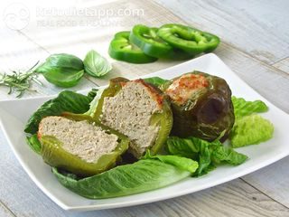 Meat stuffed green peppers