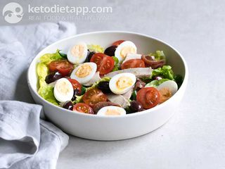 Nicoise salad with quail eggs